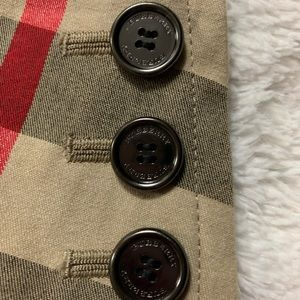 Burberry  Youth Pleated Cotton plaid skirt. Sale
